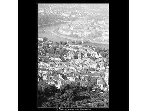 Střechy Malé strany a Vltava (3781-4), Praha 1965 červen, černobílý obraz, stará fotografie, prodej