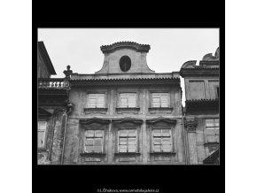Štít domu U Modré hvězdy (3804-5), Praha 1965 červenec, černobílý obraz, stará fotografie, prodej