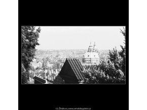 Pohled na Prahu (3850-1), Praha 1965 červenec, černobílý obraz, stará fotografie, prodej