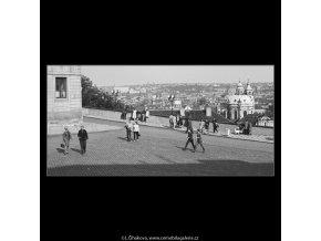 Pohled na Prahu (3850-2), Praha 1965 červenec, černobílý obraz, stará fotografie, prodej