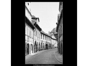 Míšeňská ulice (3879-3), Praha 1965 srpen, černobílý obraz, stará fotografie, prodej