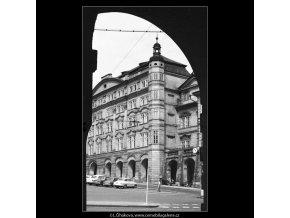 Dům Smiřických (3882-3), Praha 1965 srpen, černobílý obraz, stará fotografie, prodej
