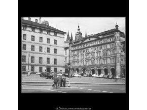Jezuitská kolej a dům Smiřických (3882-5), Praha 1965 srpen, černobílý obraz, stará fotografie, prodej