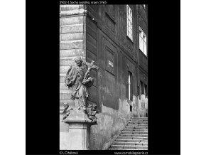 Socha svatého (3902-1), Praha 1965 srpen, černobílý obraz, stará fotografie, prodej