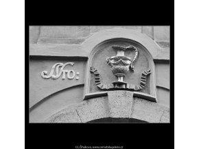 Domovní znamení (3921), Praha 1965 červenec, černobílý obraz, stará fotografie, prodej
