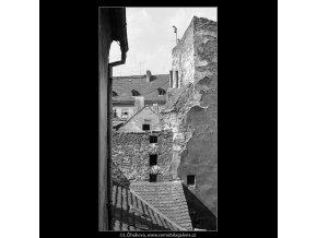 Pražské dvory (3978-2), Praha 1965 září, černobílý obraz, stará fotografie, prodej