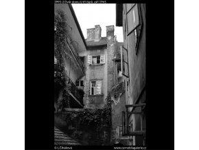 Dvůr domu U tří čápů (3991-2), Praha 1965 září, černobílý obraz, stará fotografie, prodej