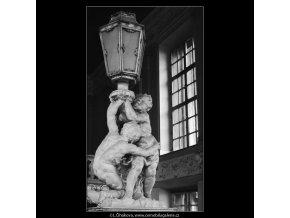 Z Clam-Gallasova paláce (4125), Praha 1965 říjen, černobílý obraz, stará fotografie, prodej