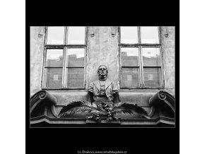 Busta Františka Palackého (4328), Praha 1966 únor, černobílý obraz, stará fotografie, prodej