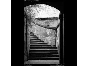 Schody (4456), Praha 1966 duben, černobílý obraz, stará fotografie, prodej