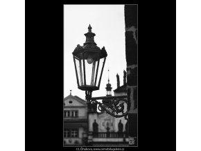 Lampa u novoměstské věže (4544-2), Praha 1966 květen, černobílý obraz, stará fotografie, prodej