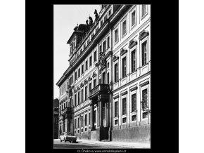 Toskánský palác (4550-1), Praha 1966 červen, černobílý obraz, stará fotografie, prodej