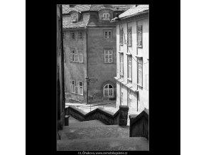 Záběr z Jánského vršku (4551), Praha 1966 červen, černobílý obraz, stará fotografie, prodej