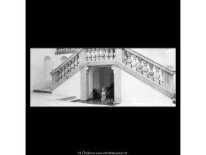 Jezírko pod schodištěm (4599-10), Praha 1966 červenec, černobílý obraz, stará fotografie, prodej