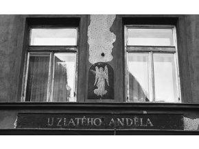 U Zlatého Anděla (4660), Praha 1966 červenec, černobílý obraz, stará fotografie, prodej