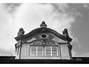 Pražská okna (4667-2), Praha 1966 srpen, černobílý obraz, stará fotografie, prodej