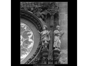 Staroměstský orloj (4754), Praha 1966 srpen, černobílý obraz, stará fotografie, prodej