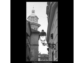 Pražské věžičky (4807), Praha 1966 srpen, černobílý obraz, stará fotografie, prodej