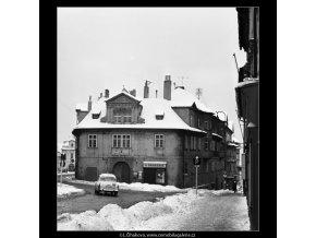 Dům Široký dvůr (3531-2), Praha 1965 březen, černobílý obraz, stará fotografie, prodej