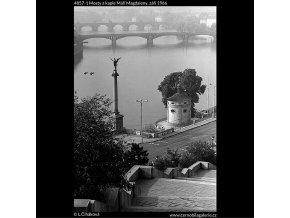Mosty a kaple Máří Magdaleny (4857-1), Praha 1966 září, černobílý obraz, stará fotografie, prodej