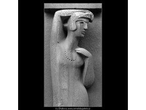 Reliéf dívky (4969), žánry - Praha 1966 prosinec, černobílý obraz, stará fotografie, prodej
