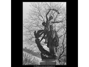 Pomník Svatopluka Čecha (5086), Praha 1967 únor, černobílý obraz, stará fotografie, prodej