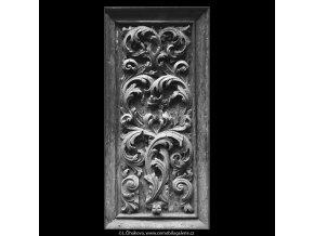 Ozdoby na dveřích (5122-1), Praha 1967 únor, černobílý obraz, stará fotografie, prodej