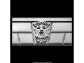 Maskaron (5130-2), Praha 1967 únor, černobílý obraz, stará fotografie, prodej