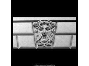 Maskaron (5130-3), Praha 1967 únor, černobílý obraz, stará fotografie, prodej
