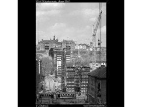 Stavba mostu (5196-74), Praha 1967 březen, černobílý obraz, stará fotografie, prodej