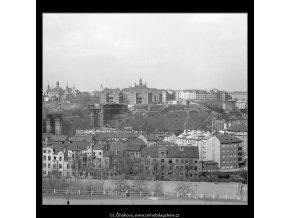 Domy před zbouráním či rekonstrukcí (5196-75), Praha 1967 březen, černobílý obraz, stará fotografie, prodej