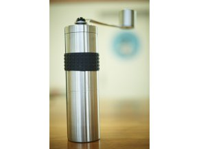 Ceramill nerezový ruční mlýnek na kávu
