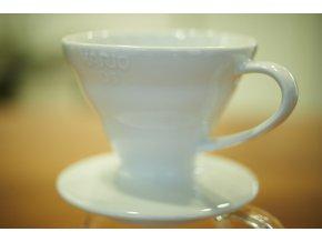 Keramický dripper na kávu Hario V60-01 bílý