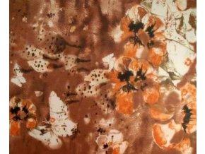 Šálka / šátek s podílem hedvábí, hnědý s květy a motýlky