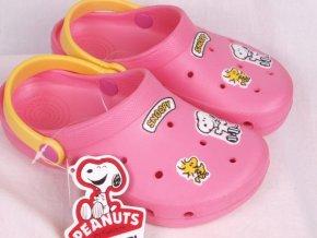 Plážová obuv / pantofle / plážovky / nazouváky 900 růžové Snoopy