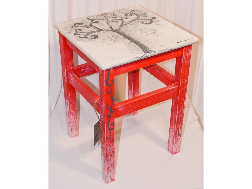 Ručně malovaná dřevěná stolička motiv strom