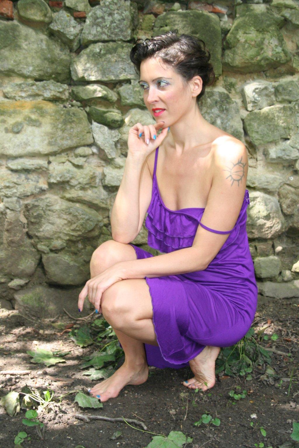 bambusové šaty na vlnách fialové