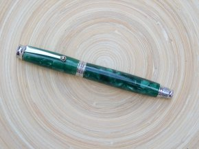 pero smaragd 1