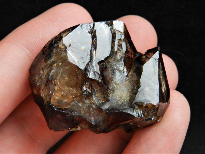 zahneda krystal vysocina kourova elestial hypoparalelni mineral 2