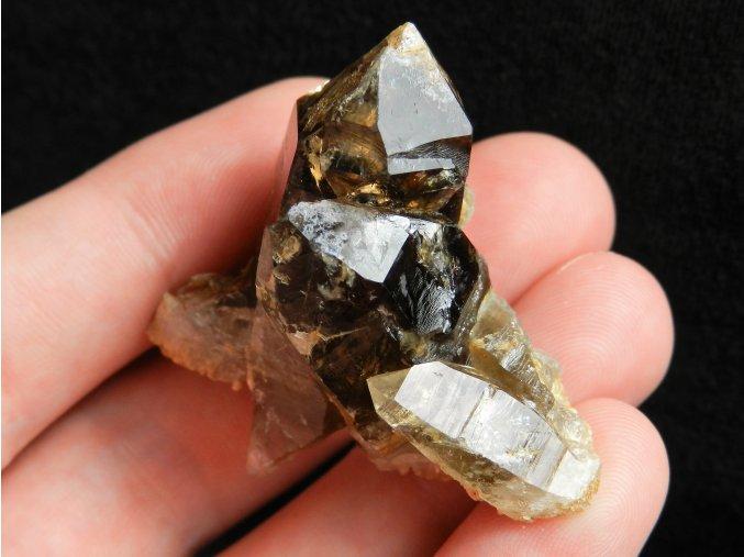zahnedova srostlice esteticky vzorek ukazka mineralu ceskeho obrazky 1
