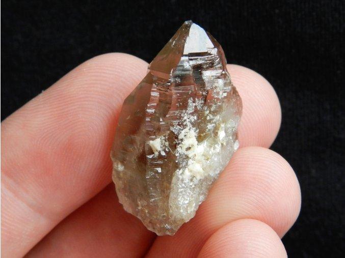 zahneda krystal prirodni cesky drahy kamen obrazky 1