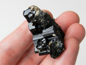 cerny turmalin skoryl srostlice druza krystaly ukoncena vysocina pikarec obrazek 1