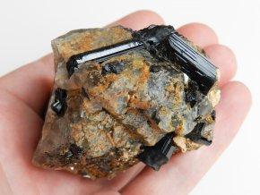 cerne turmaliny skoryly zarostle zahnedach vysocina pikarec sbirkovy kamen cr obrazek 1