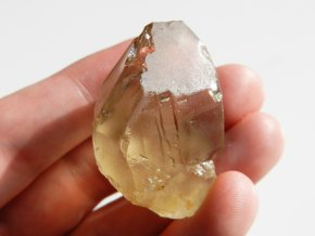 citrin prirodni krystal kamen žluty vysocina obrazek 1