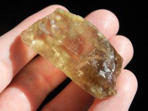 citrin kamen krystal cesky prirodni pravy syte zluty vysocina obrazky 1