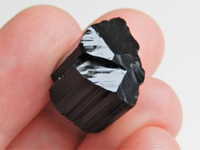 erny turmalin skoryl cesky kamen tantricka dvojice mistrovsky krystal obrazky 1