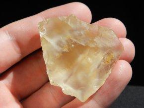 citrin kamen pravy cesky mineral nerost zluty prodej 1