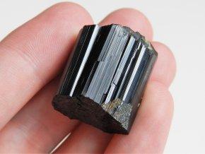 cerny turmalin skoryl leskly valecek spalik krystal obrazky 1