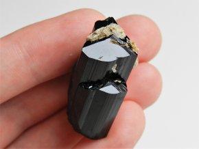 ukonceny spalik cerneho turmalinu skorylu sbirkovy pikarec 4