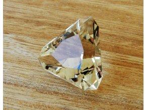citrin brouseny kamen pravy prirodni drahokam vysocina cr obrazek 1